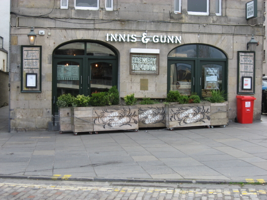 Photograph of Innis & Gunn Brewery Taproom Leith in Edinburgh.